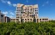 La facciata 'contorta' del nuovo edificio �Dr. Chau Chak Wing' alla University of Technology di Sydney (Frank Gehry)