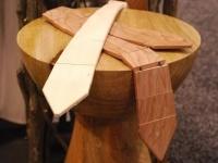 La cravatta di legno vintage-cool