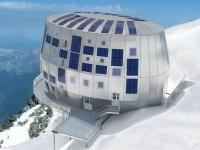 Il rifugio 'low carbon' sul Monte Bianco
