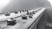 Trasporti: L'Autostrada del Sole festeggia 50 anni - Inaugurata 50 anni fa, il 4 ottobre del 1964, l'Autostrada del Sole e' al centro di una mostra promossa da Federbeton al Saie 2014