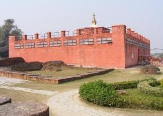 Il tempio buddista 'salvato' dalla falda grazie ai tecnici italiani